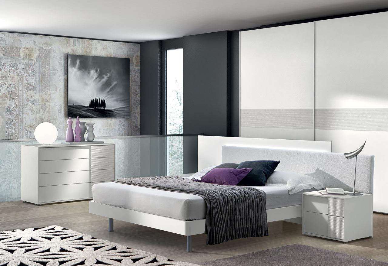 Valenti contract arredamento casa camere da letto 3 for Semplici piani casa 4 camere da letto